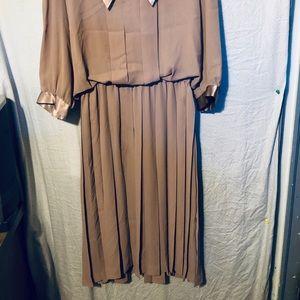 LIZ ROBERTS Dresses - VINTAGE DRESS BY LIZ ROBERTS SIZE 16